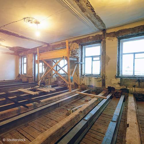 Assainissement des planchers en bois : isolation acoustique, stabilité et sécurité incendie
